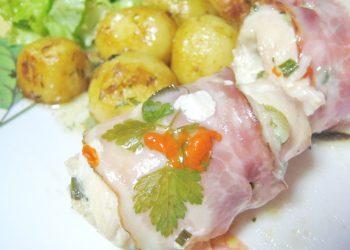 Rulouri din piept de pui cu cascaval bacon si mozzarella