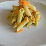 Macaroane cu mazare si morcov