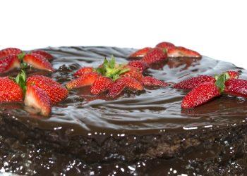 Prajitura cu ciocolata - sfatulparintilor.ro - pixabay-com - cake-2370002_1920