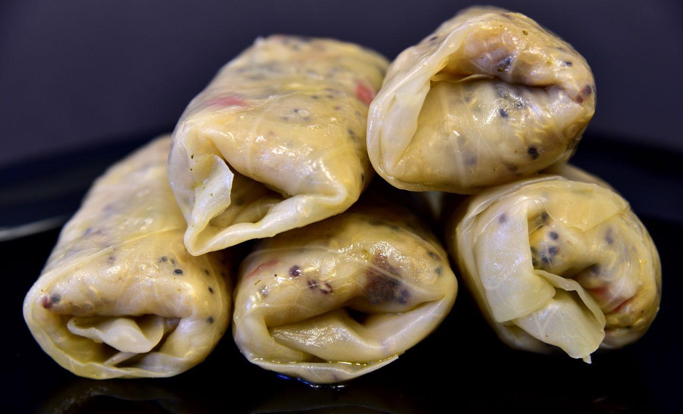sarmalute cu ciuperci - sfatulparinitlor.ro - pixabay_com - herb-3769381_1920
