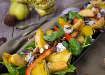 Dovleac la cuptor cu broccoli şi ierburi aromate - sfatulparintilor.ro - pixabay_com - salad-1786313_1920