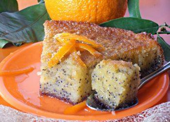 Tarta insiropata cu portocale si mac