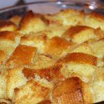 Retetele Gospodinei Corporatiste: Paste cu smantana si branzeturi mixate si budinca de paine cu dulceata si smantana