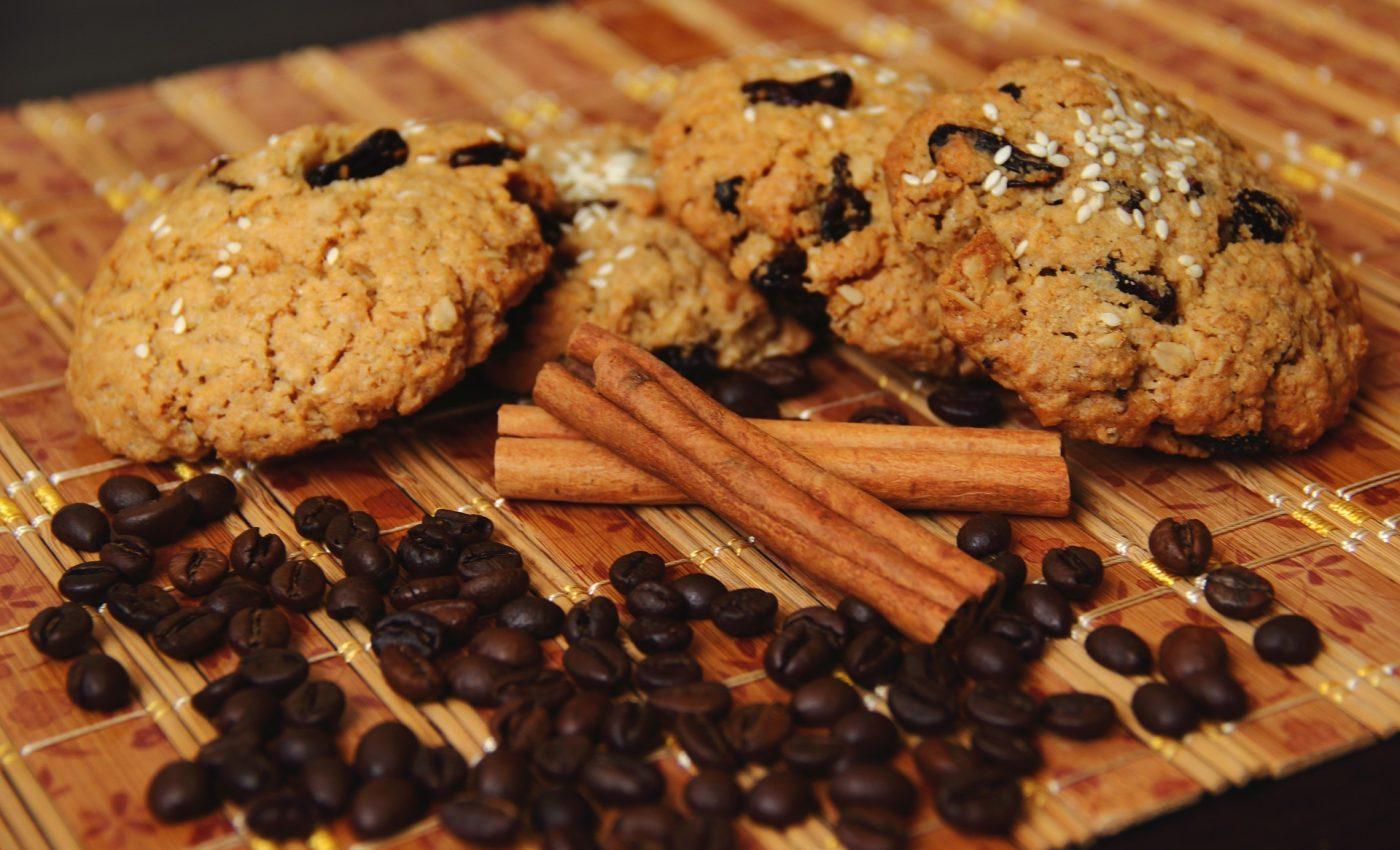 Fursecuri cu nuca - sfatulparintilor.ro - pixabay_com - coffee-3974117_1920