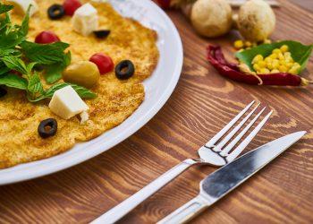idei mic dejun - sfatulparintilor.ro - pixabay-com - omelet-3359364_1920
