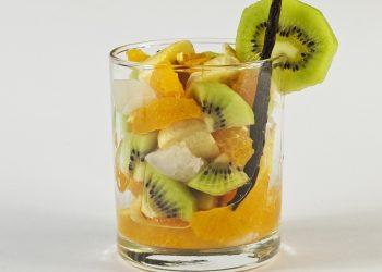 Cocktail cu ananas kiwi si banane - sfatulparintilor.ro - pixabay_com - fruits-1659168_1920