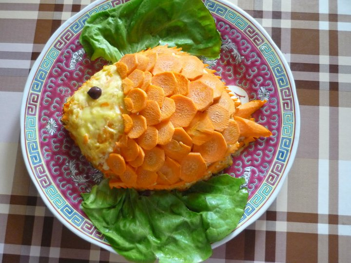 Salata de cruditati cu ananas si mar