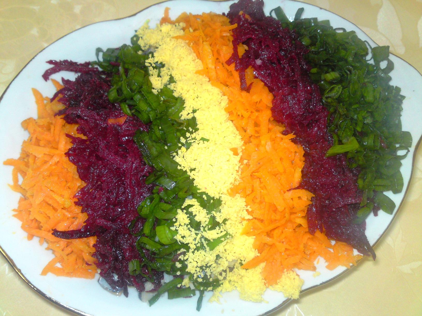Salata de macrou cu legume