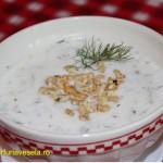 FarfuriaVesela.ro: Supa rece de iaurt cu castraveti