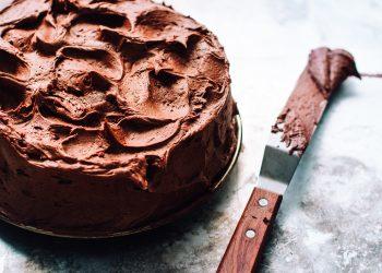 Tort din clatite cu ciocolata - sfatulparintilor.ro - food-photographer-jennifer-pallian-gRZYR210m0U-unsplash