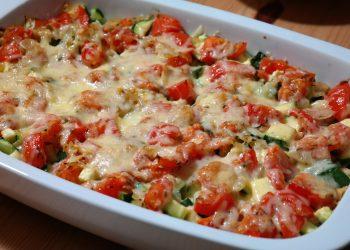dovlecei si vinete la cuptor - sfatulparintilor.ro - pixabay-com - cheese-casserole-283285_1920