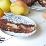 RetetaVideo.ro: Prajitura cu pere si ciocolata