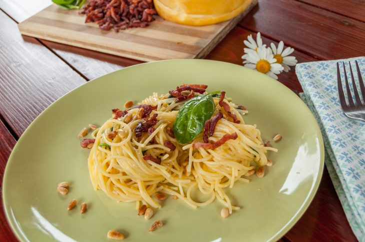 paste carbonara cu spanac si mugur de pin - adi hadean - Simple-is-better-5