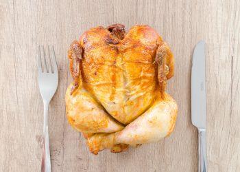 pui umplut cu orez - sfatulparintilor.ro - pexels_com - chicken-cooked-cuisine-616354