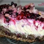 Cheesecake cu afine si mure