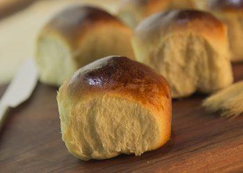 Chifle cu ulei de masline - sfatulparintilor.ro - pixabay_com - bread-2461363_1920