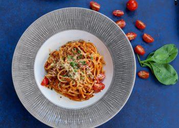 Spaghete cu pui - sfatulparinitlor.ro - danijela-prijovic-qits91IZv1o-unsplash