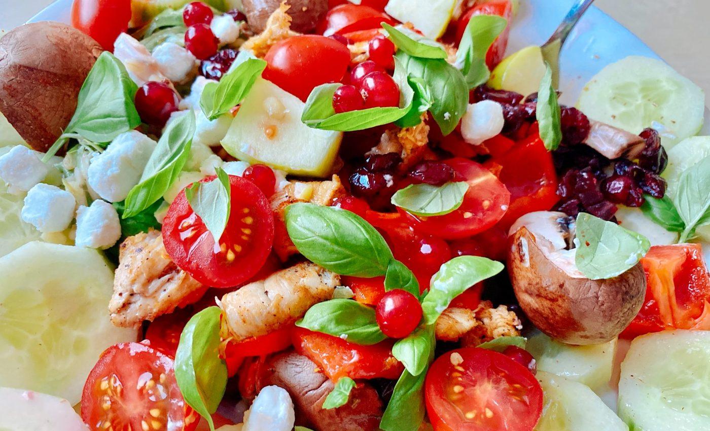 Salata cu sunca si legume - sfatulparintilor.ro - subfader-R4QckNsg0sw-unsplash