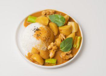 Tocanita de legume cu orez - sfatulparintilor.ro - pexels-cats-coming-4611424