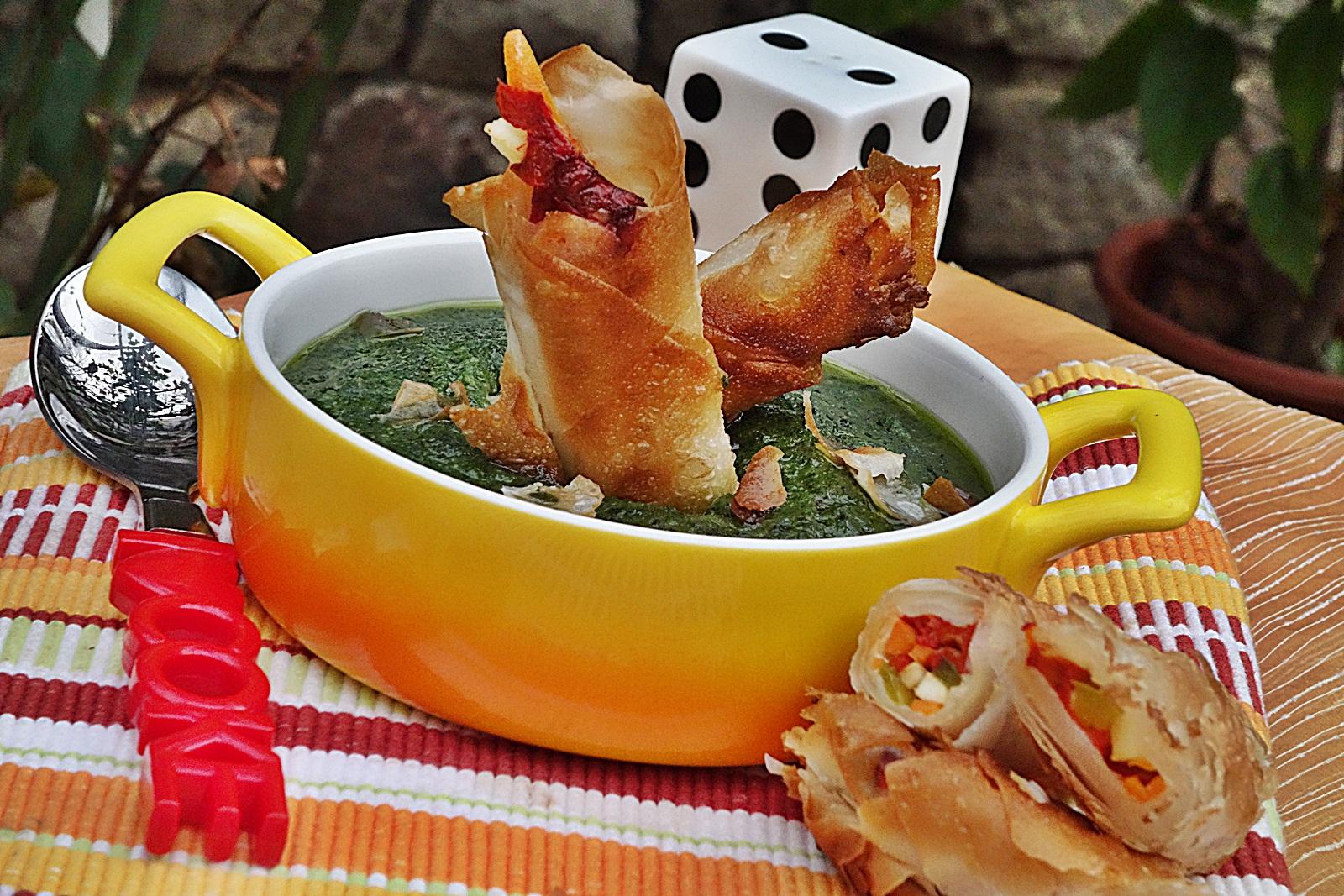 Supa de spanac cu strudel cu legume