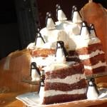 "Tort ""Aisberg cu pinguini"""