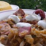 Varza dulce cu carne de porc (afumata)