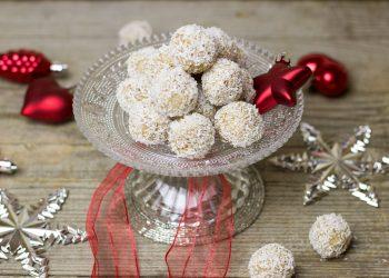 bulgarasi raffaello - sfatulparintilor.ro - pixabay_com - coconut-1905437_1920