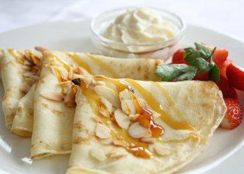 clatite cu dulceata - sfatulparintilor.ro - pixabay_com - pancakes-4876082_1920