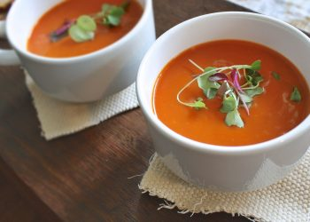 Supa de rosii crude cu avocado - sfatulparintilor.ro - pixabay-com - soup-1429806_1920