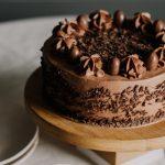 Tort cu ciocolata si visine. Ca sa fie sarbatoare in fiecare zi