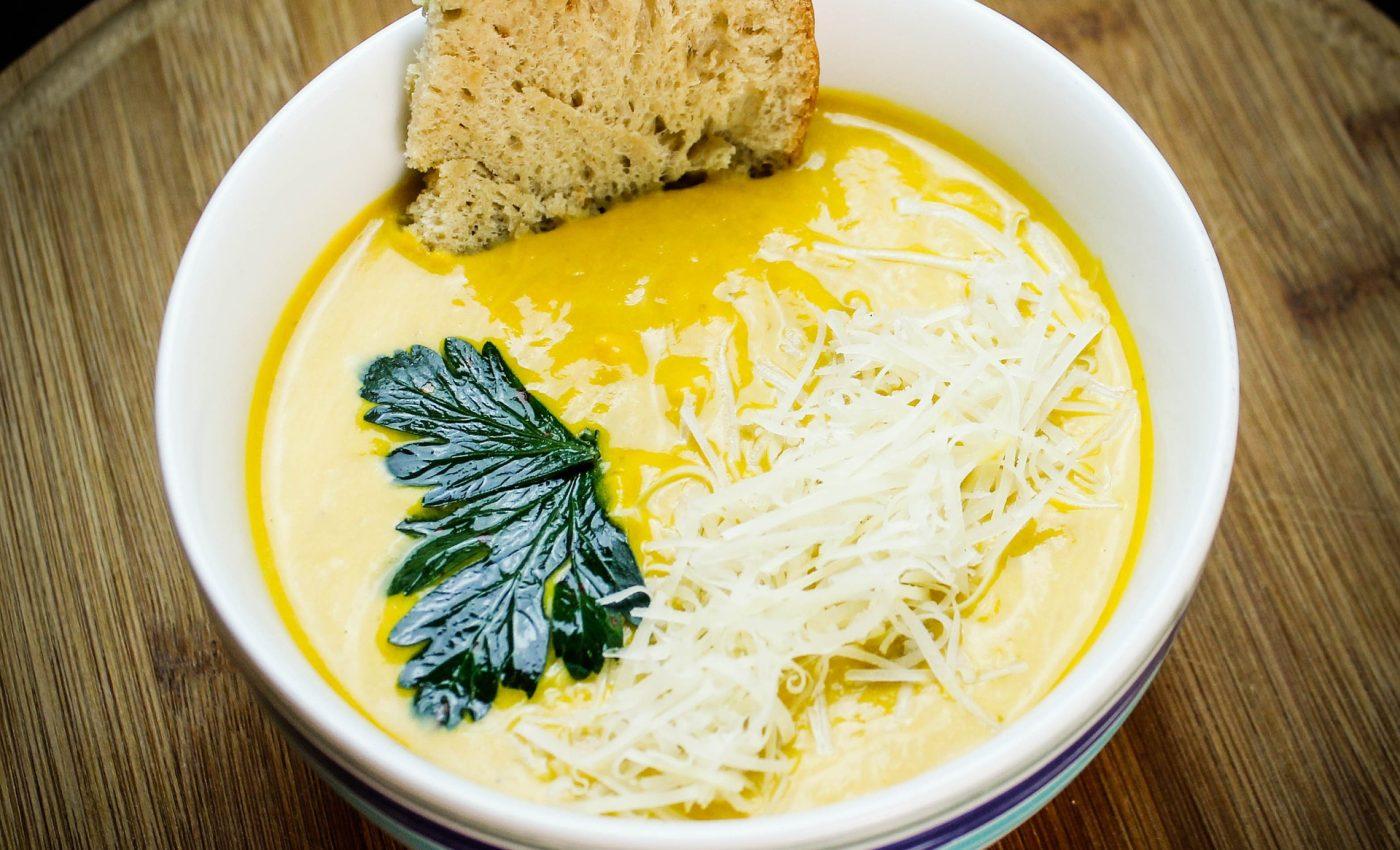 Supa crema cu legume si pui - sfatulparintilor.ro - pixabay_com - cream-4227446_1920