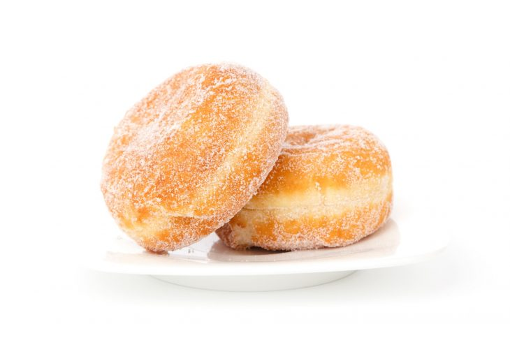 gogosi pufoase din iaurt - sfatulparintilor.ro -pixabay_com - berliner-breakfast-bun-cake-41300