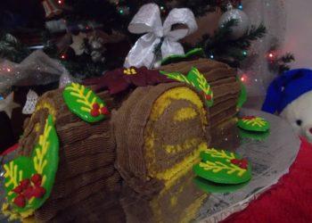 Tort Buturuga de Craciun