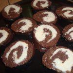 Rulada de biscuiti cu cocos