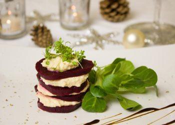 Salata de sfecla cu ghimbir si branza Brie