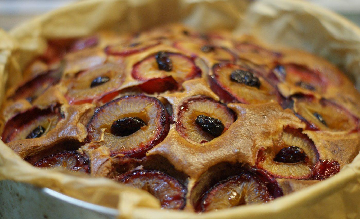 prajitura cu prune - sfatulparintilor.ro - pixabay_com - nastogadka-2196964_1920