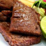 Reteta de Sarbatori: Muschi de porc cu lamaie verde