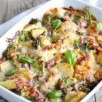 Cartofi cu legume la cuptor