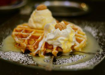 Gauffre cu iaurt - sfatulparintilor.ro - pixabay-com - waffles-2813552_1920