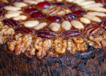 tort cu nuca si visine - sfatulparintilor.ro - pixabay_com - brett-jordan-e96DTPzHiDo-unsplash
