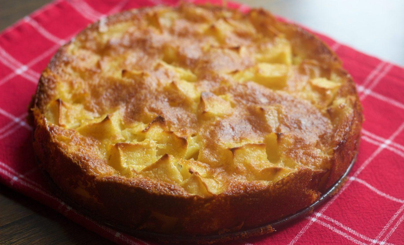 Tarta cu mere - sfatulparitnilor.ro - pixabay_com - apple-pie-1071747_1920