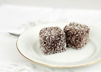 prajitura tavalita - sfatulparintilor.ro - pixabay_com- sweets-1224509_1280