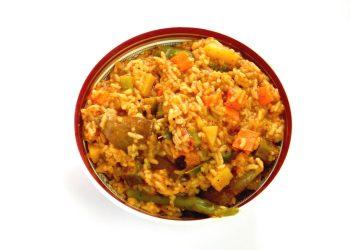 Pilaf cu legume şi carne de pasăre - sfatulparintilor.ro - pixabay_com - rice-1338447_1920