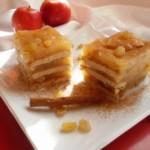 Reteta de Sarbatori: Prajitura cu mere si biscuiti