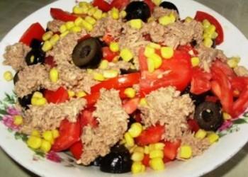 Salata de ton cu rosii si masline