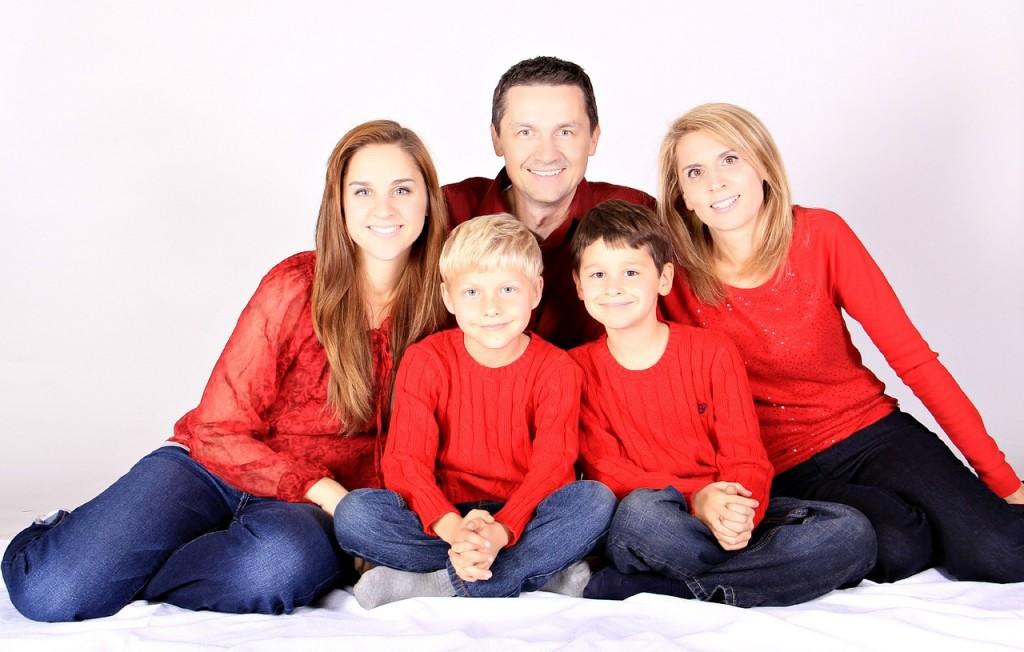 familie - copii - educatie - vorbe - sfatulparintilor - pixabay_com