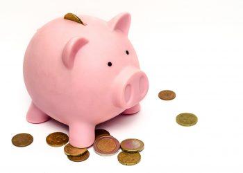 copii bani - sfatulparintilor.ro - pixabay-com - piggy-bank-970340_1920