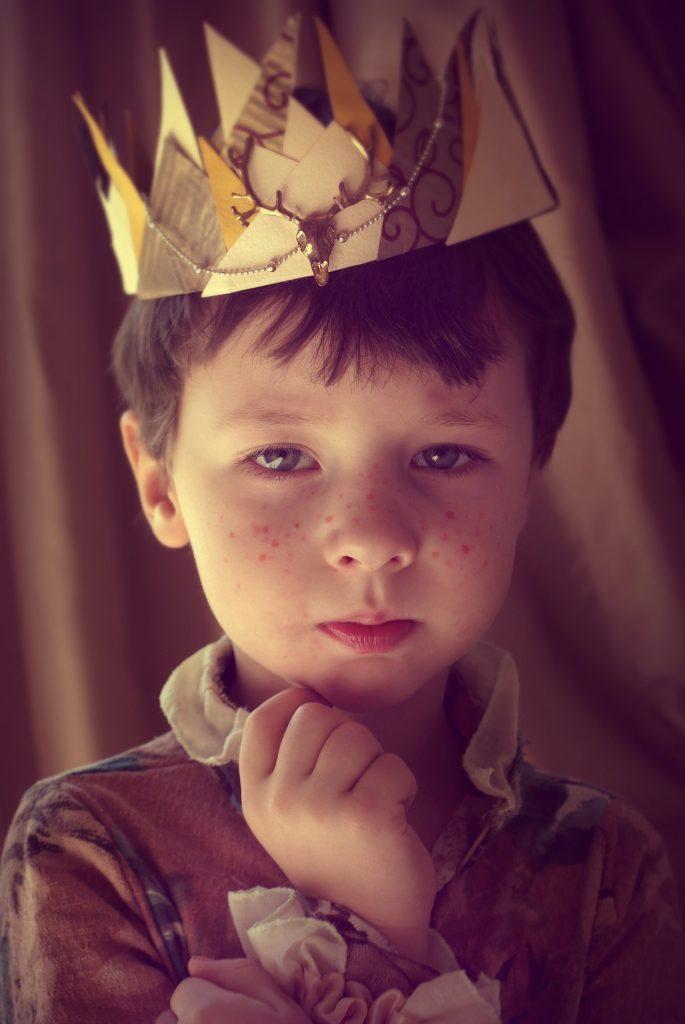 Copilul-Rege - sfatulparintilor.ro - pixabay_com - prince-2974364_1920