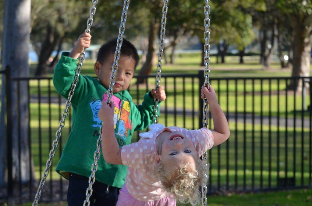 mai sociabil in parc