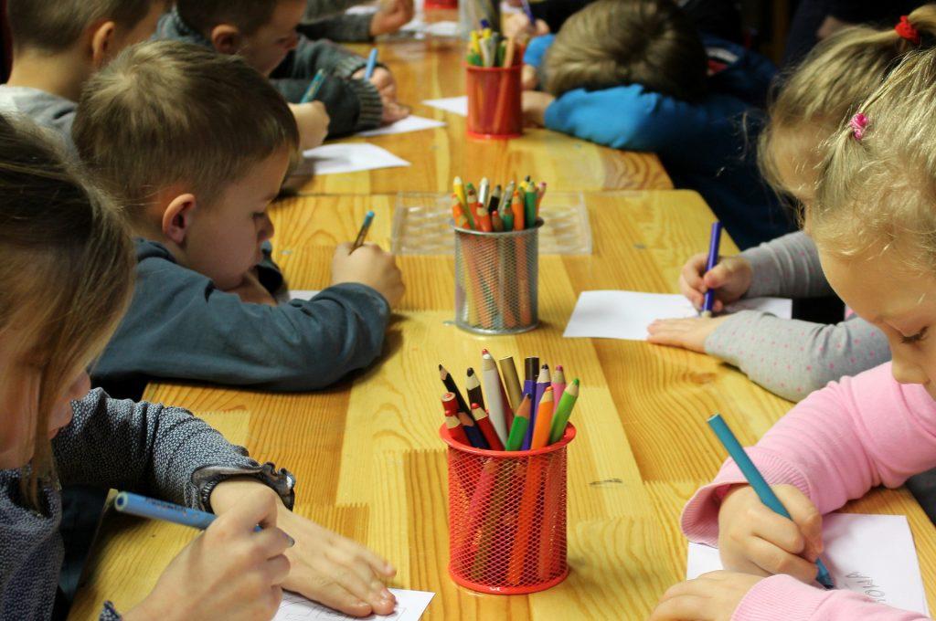 copilul nu mai vrea la gradinita - sfatulparintilor.ro - pixabay_com - children-4526384_1920